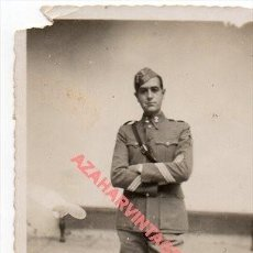 Militaria: GRANADA, 1937, GUERRA CIVIL, FOTOGRAFIA DE UN SARGENTO DE ARTILLERIA, 58X82MM. Lote 257607540