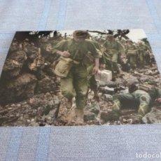 Militaria: COPIA DE FOTO MATE (11 X 15) CON ESCENAS DE LA SEGUNDA GUERRA MUNDIAL. Lote 261263010