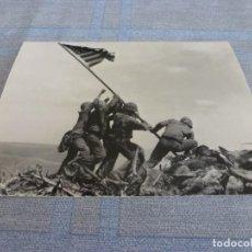 Militaria: COPIA DE FOTO MATE (11 X 15) CON ESCENAS DE LA SEGUNDA GUERRA MUNDIAL. Lote 261263075