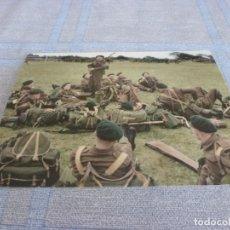 Militaria: COPIA DE FOTO MATE (11 X 15) CON ESCENAS DE LA SEGUNDA GUERRA MUNDIAL. Lote 261263395