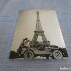 Militaria: COPIA DE FOTO MATE (11 X 15) CON ESCENAS DE LA SEGUNDA GUERRA MUNDIAL. Lote 261264120