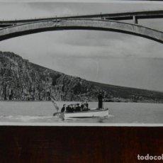 Militaria: FOTOGRAFIA DEL GENERAL FRANCO EN LA INAGURACION DEL VIADUCTO DEL ESLA, ZAMORA, 17 DE ABRIL DE 1943,. Lote 261521660
