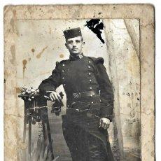 Militaria: FOTOGRAFÍA DE UN MILITAR POSANDO REGIMIENTO 39 - FOTÓGRAFO S. ESTEFANÍA - LOGROÑO. Lote 262835010
