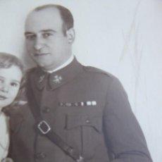 Militaria: FOTOGRAFÍA CAPITÁN CABALLERÍA DEL EJÉRCITO ESPAÑOL. ROKISKI PILOTO ALFONSO XIII. Lote 263195400
