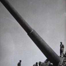 Militaria: FOTOGRAFÍA SOLDADOS DEL EJÉRCITO ESPAÑOL. BATERÍA DE COSTA. Lote 264978374