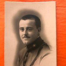 Militaria: INTERESANTE FOTO DE ESTUDIO DE MILITAR DE SANIDAD, CEUTA 1921, FOTO - ART CALATAYUD, CEUTA. Lote 267407954