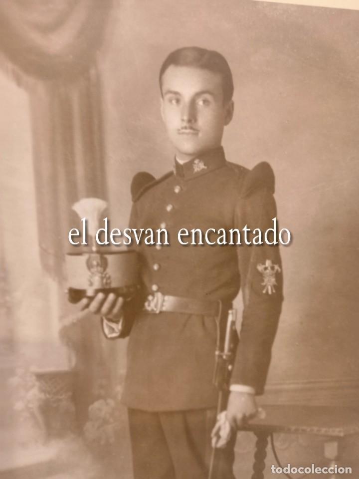 Militaria: Antigua foto Soldado época Alfonsina. Uniforme de gala. 22 x 15 ctms - Foto 3 - 268828534