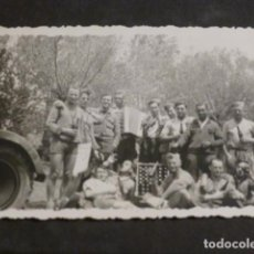 Militaria: COLUNGA ASTURIAS GUERRA CIVIL GRUPO SOLDADOS ALEMANES FOTOGRAFIA POR SOLDADO LEGION CONDOR. Lote 275033173