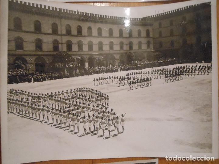 Militaria: 6 FOTOGRAFIAS CON BENITO MUSSOLINI PASANDO REVISTA MILITAR MILAN ITALIA MOTOS - ORIGINAL - Foto 4 - 276755578
