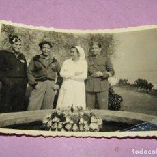 Militaria: ANTIGUA FOTOGRAFÍA DE MILITARES Y ENFERMERA EN GUERRA CIVIL ESPAÑOLA - AÑO 1936-39. Lote 278397573