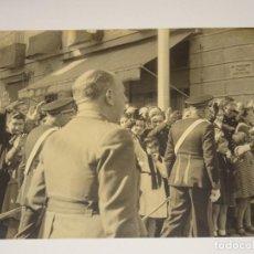 Militaria: POSGUERRA FOTOGRAFÍ A,CAPITAN GENERAL DE CATALUÑA GENERAL ORGAZ, 23X17,5 CM.. Lote 279510178