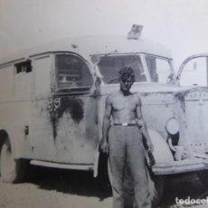 Militaria: FOTOGRAFÍA SOLDADO CONDUCTOR AMBULANCIA DEL EJÉRCITO ALEMÁN. WERMACHT AFRIKA KORPS. Lote 280125353