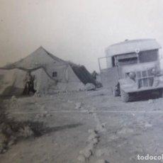 Militaria: FOTOGRAFÍA SOLDADO CONDUCTOR AMBULANCIA DEL EJÉRCITO ALEMÁN. WERMACHT AFRIKA KORPS. Lote 280125393