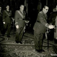 Militaria: FRANCO RECIBE EN EL PARDO A ALTOS JEFES DEL EJERCITO DE INFANTERIA 8 DE DICIEMBRE DE 1965. Lote 287904623