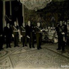 Militaria: FRANCO AUDIENCIA AL CONGRESO INTERNACIONAL DE AERONAUTICA PRESIDE MINISTRO DEL AIRE OCTUBRE DE 1966. Lote 287917378
