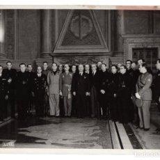 Militaria: FOTOGRAFIA BENITO MUSSOLINI AÑO 1943. POCO DESPUES DEL RESCATE POR LOS ALEMANES. ORIGINAL. Lote 296809933