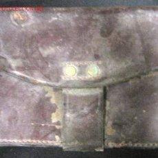 Militaria: CARTUCHERA MARRÓN DE LA GUERRA CIVIL.. Lote 2004307