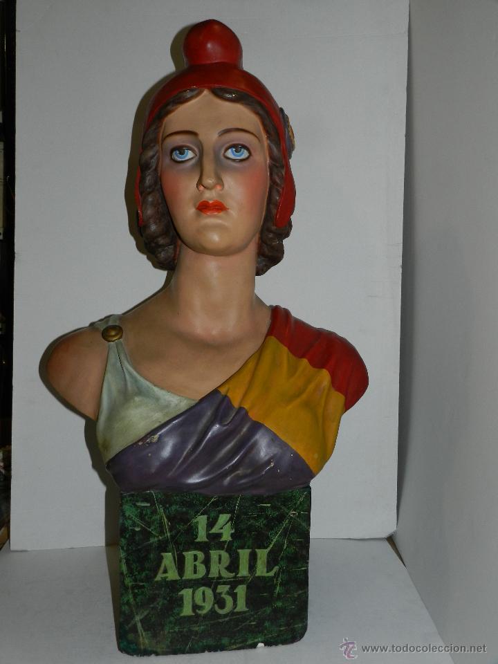 FIGURA ALEGORIA DE LA SEGUNDA REPUBLICA 14 DE ABRIL 1931 ( ORIGINAL DE EPOCA ) 86 X 52 X 28 CM (Militar - Guerra Civil Española)