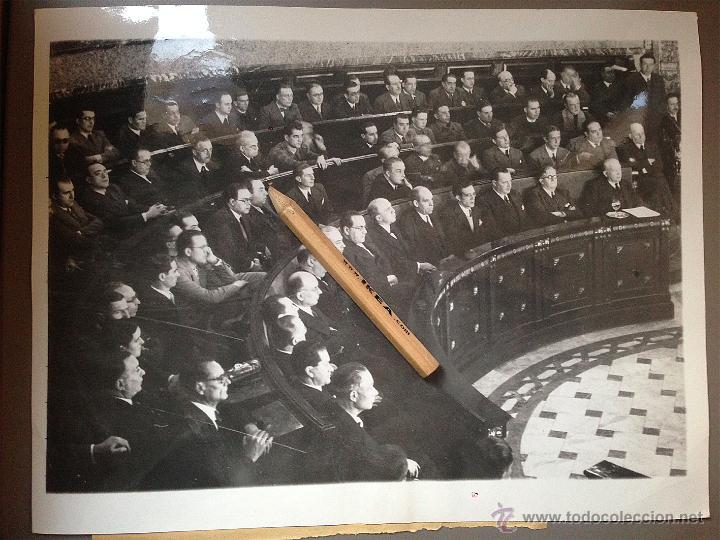 FOTOGRAFÍA GUERRA CIVIL. CORTES GOBIERNO DE LA REPUBLICA D ESPAÑA EN AYTO DE VALENCIA DICIEMBRE 1936 (Militar - Guerra Civil Española)