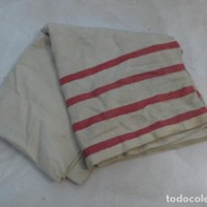 Militaria: * ANTIGUA MANTA DE ENFERMERA REPUBLICANA CON SELLOS DE SOCORRO ROJO INTERNACIONAL. GUERRA CIVIL. ZX. Lote 80713522