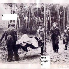Militaria: RETIRADA HERIDOS EN LAS CERCANIAS CIUDAD UNIVERSITARIA MADRID GUERRA CIVIL. Lote 91632475