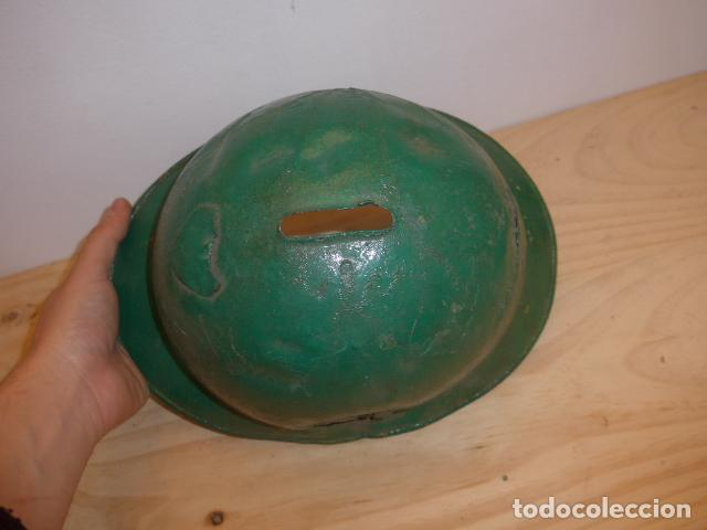 Militaria: Antiguo casco adrian italiano de recuperacion de guerra civil, original. - Foto 5 - 118118395