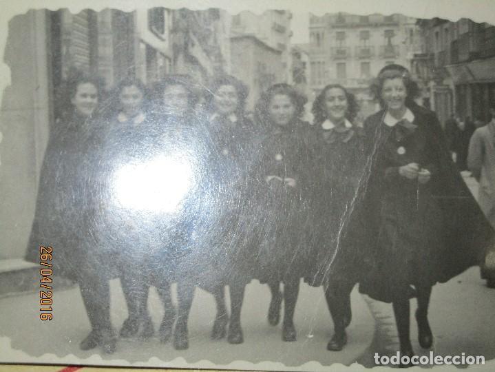 CHICAS FALANGISTAS FALANGE EN SALAMANCA FOTO INEDITA POST GUERRA CIVIL 1946 (Militar - Guerra Civil Española)