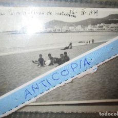 Militaria: FOTO INEDITA LLEGADA BARCO PLAYA PLAYA DE LAS CANTERAS RECIEN ACABADA GUERRA CIVIL. Lote 153625750