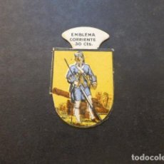 Militaria: EMBLEMA AUXILIO SOCIAL - SER.I 4 - INFANTERÍA ESPAÑOLA - FUSILERO. Lote 155016318