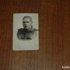 Militaria: FOTO SOLDADO MILITAR AÑO 1945 VER FOTOS. Lote 157008114