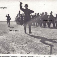 Militaria: PARADA MILITAR ESTANDARTE NAZI VON RICHTHOFEN AERODROMO ESPAÑA GUERRA CIVIL. Lote 159626214