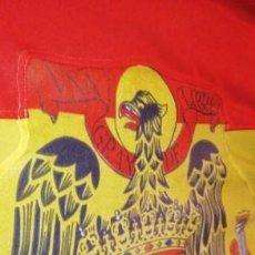 Militaria: BANDERA ESPAÑOLA CON EL AGUILA DE SAN JUAN,MÁSTIL REMATADO EN FLOR DE LIS.CAPITANÍA GENERAL 2,16 CMS. Lote 167443304
