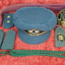 Militaria: GORRA E INSIGNIAS PARA TRAJE DE GALA. EJERCITO DEL AIRE. ESPAÑA. 1936/1939.. Lote 169554396