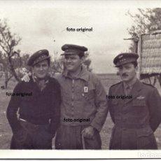 Militaria: OFICIALES ESCUADRILLA AS DE BASTOS AVIAZIONE LEGIONARIA AERODROMO SARIÑENA??HUESCA GUERRA CIVIL. Lote 176618748