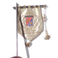 Militaria: BANDERÍN. REGALO PERSONAL AL LAUREADO JOSÉ MOSCARDÓ. PEÑA DEPORTIVA DE AYORA. VALENCIA.. Lote 181458035