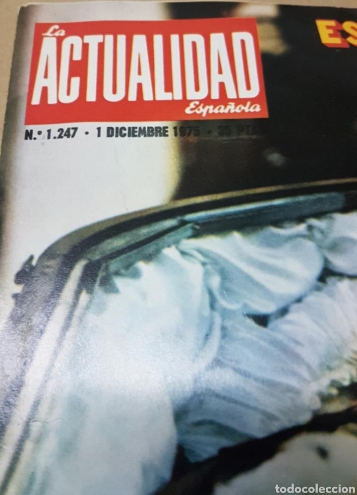 Militaria: Lote periódicos muerte de Franco - Foto 2 - 182299971