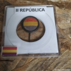 Militaria: BANDERA AGUJA DE SOLAPA DE LA REPÚBLICA. Lote 182405396