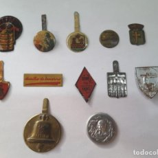 Militaria: EMBLEMA AUXILIO SOCIAL . Lote 183637935