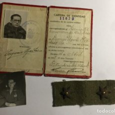 Militaria: CARNET MILITAR FOTOGRAFIA UNIFORME Y ESTRELLAS TENIENTE ,GUERRA CIVIL , FRANCO. Lote 184511941