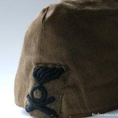 Militaria: GORRILLO ESPAÑOL TRANSFORMADO PARA EL CORPO TRUPPE VOLONTARI ITALIANO. Lote 194332110