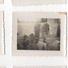 Militaria: CHICAS EN CAMAS DE HOSPITAL O SIM. DURANTE LA GUERRA CIVIL, MALAGA CREO, FOTOGRAFIA ANTIGUA. Lote 198763522