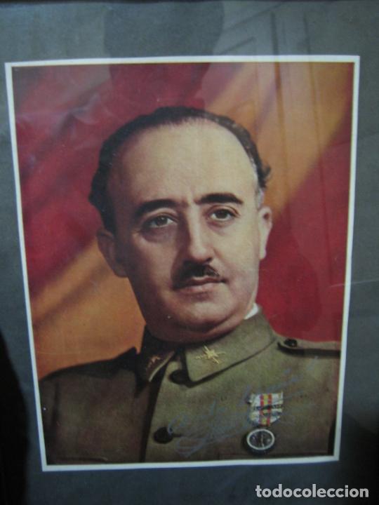 Militaria: Guerra civil.Retrato de Franco que le regaló a Coronel Ciriaco Cascajo. Córdoba. M 35x28 cm - Foto 2 - 206250015