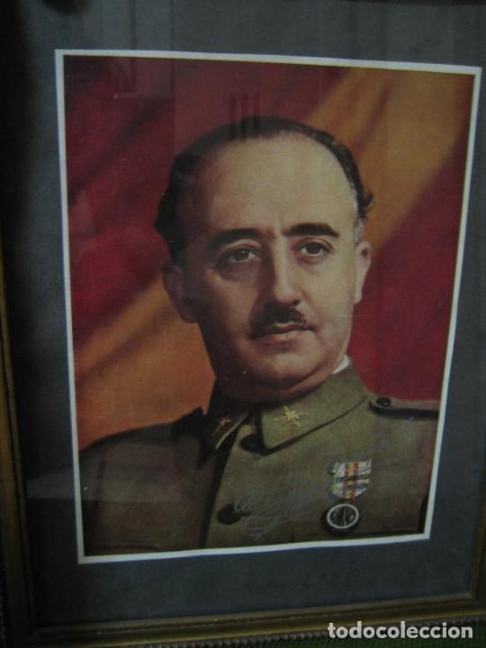 Militaria: Guerra civil.Retrato de Franco que le regaló a Coronel Ciriaco Cascajo. Córdoba. M 35x28 cm - Foto 8 - 206250015