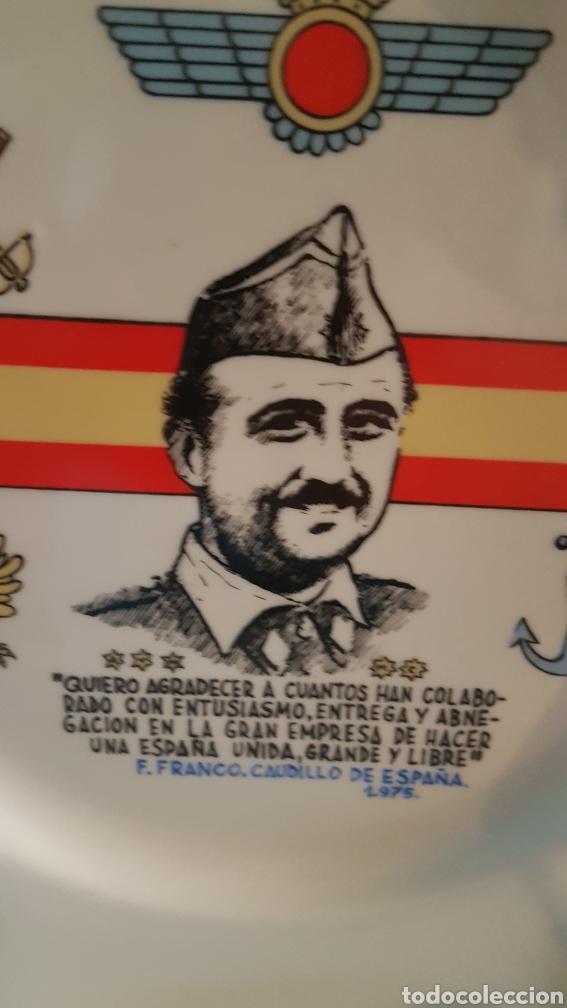 Militaria: Increible plato de decoración de Franco - Foto 2 - 206550283