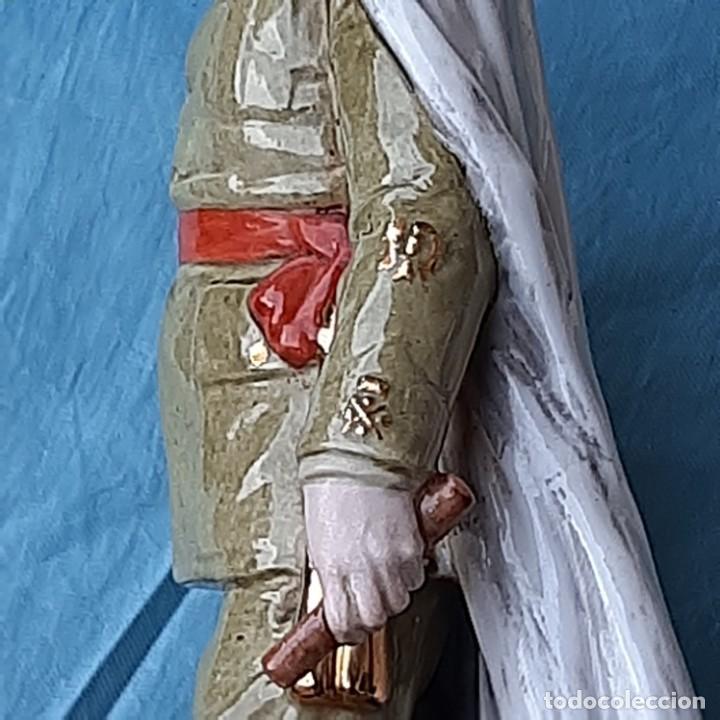 Militaria: Figura Franco de porcelana - Foto 5 - 212872298