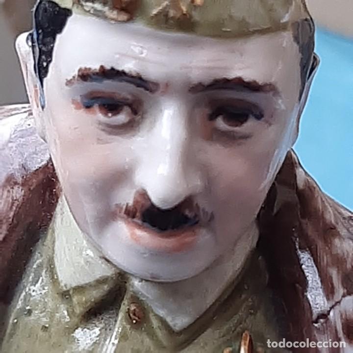 Militaria: Figura Franco de porcelana - Foto 7 - 212872298