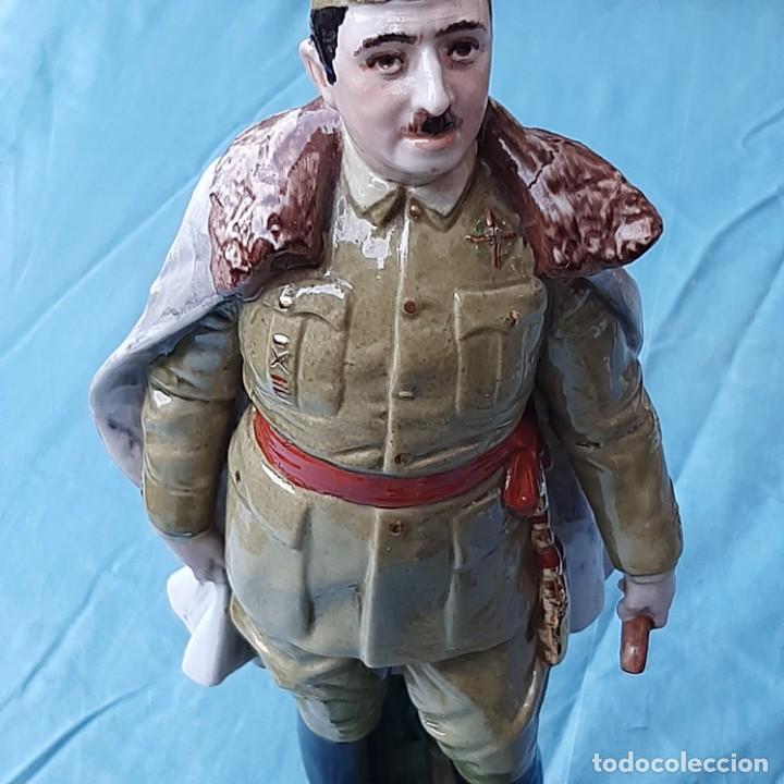 Militaria: Figura Franco de porcelana - Foto 8 - 212872298