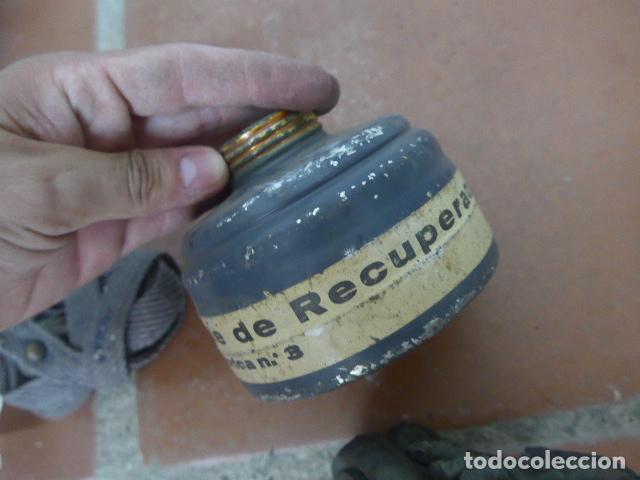 Militaria: Antigua mascara de gas alemana de guerra civil, Legion condor, con gris original. Antigas. Alemania. - Foto 8 - 213663223
