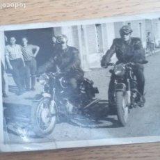 Militaria: FOTOGRAFÍA GUARDIA CIVIL TRÁFICO MOTOS. Lote 221706728