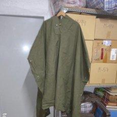 Militaria: ANTIGUO CAPOTE MANTA TRIANGULAR TIENDA DE CAMPAÑA, ESPAÑOL, TROPAS DE MONTAÑA, ORIGINAL.. Lote 243079135